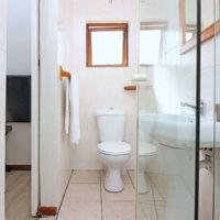 double bedroom bathroom